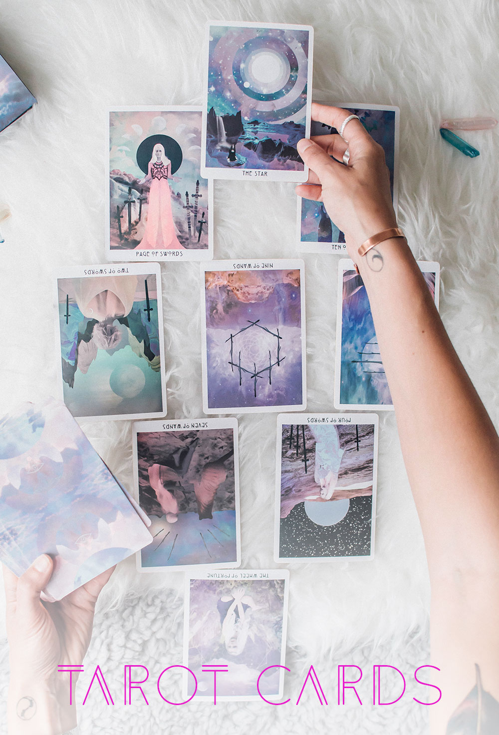 Tarot Vs. Oracle // What's The Difference And How To