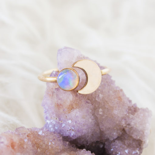 opal-crescent-gold-ring