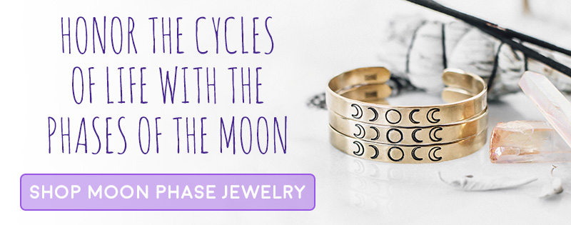 Rituals for Every Moon Phase // Free Printable Moon Cards | Zenned Out