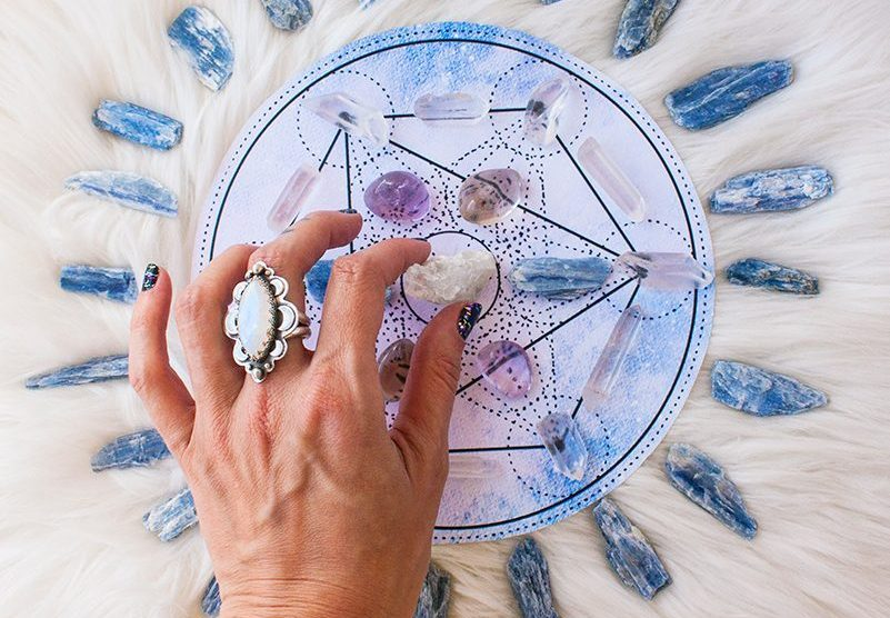 Pic4-crystal-grid-for-metatrons-cube