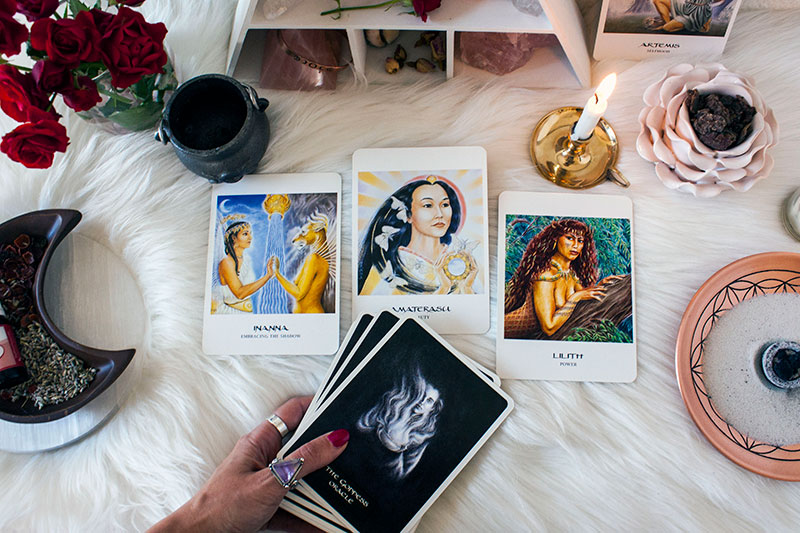 Pic5-self-love-rituals-oracle-pull