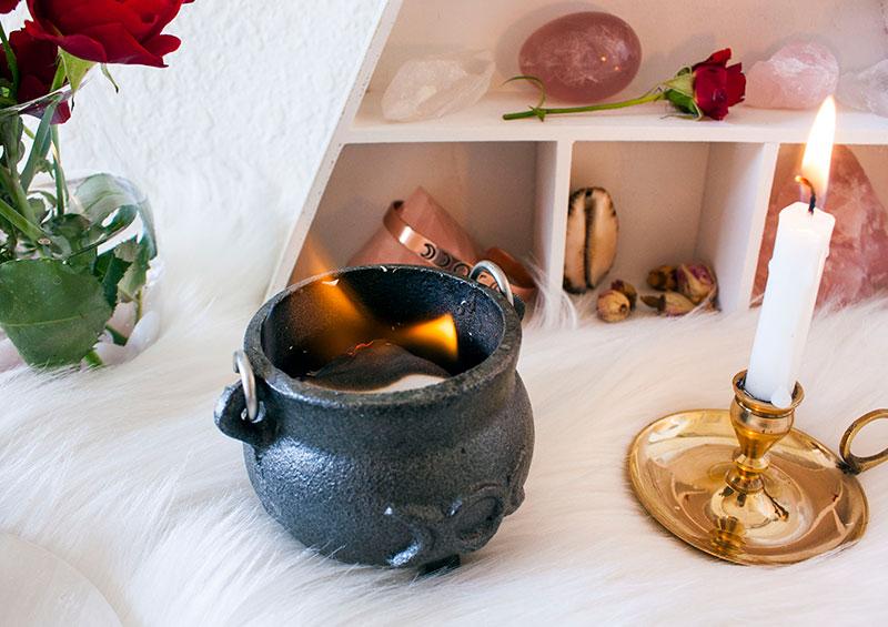 Pic6-Self-love-rituals-burning-ceremony