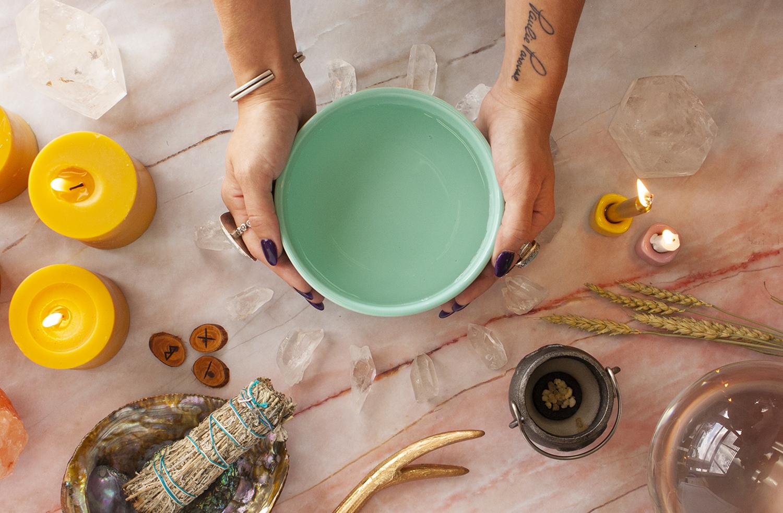 main-pic-water-magick-101-water-magic-how-to-do-water-magic-scrying-water-ritual